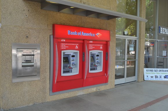 Lemoore's Bank of America Financial Center will be closing on July 31, 2018, according to a letter received by Lemoore customers.