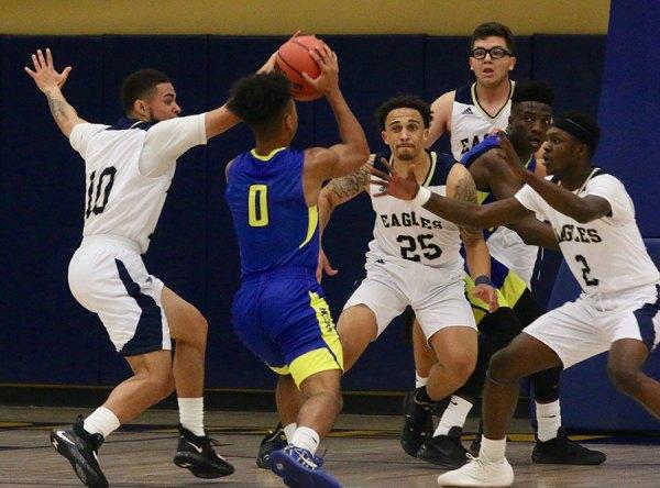 WHC Golden Eagles basketball squads struggle as men's team ...