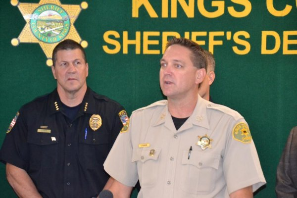 df49fe43d Kings County Sheriff David Robinson and Lemoore Police Chief Darrell Smith last  year announcing large heroin